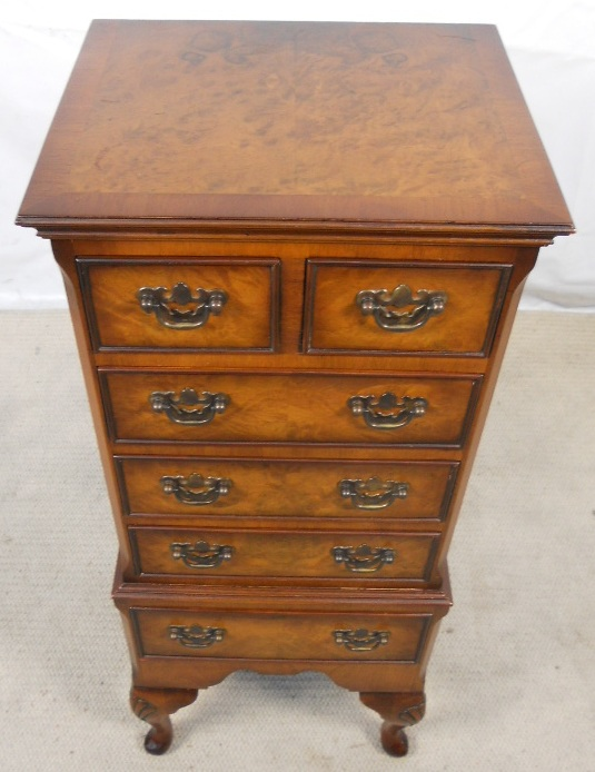 small walnut chest of drawers in the antique queen anne style by